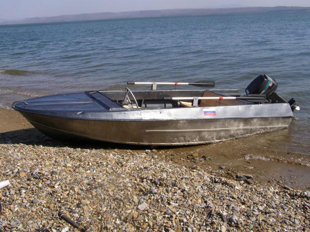 моторная лодка Крым, основные данные, комплектация, технические характеристики, мотолодка, мотолодки, корпус.